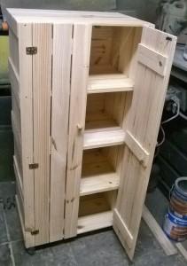 Armario de caixotes com portas (2)