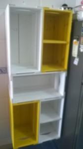 Armario para cozinha com caixotes coloridos