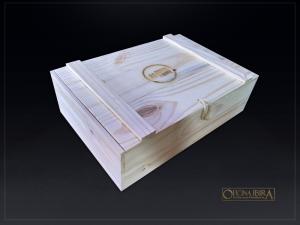 Caixa Bau de madeira modelo EXPORT. Fabricada em madeira Pinus. Tampa articulada. Acabamento natural. Projeto CAMPANHA CONTRA FOME