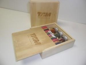 Caixa Estojo de madeira - Modelo com tampa deslizante, acabamento natural - projeto Tam