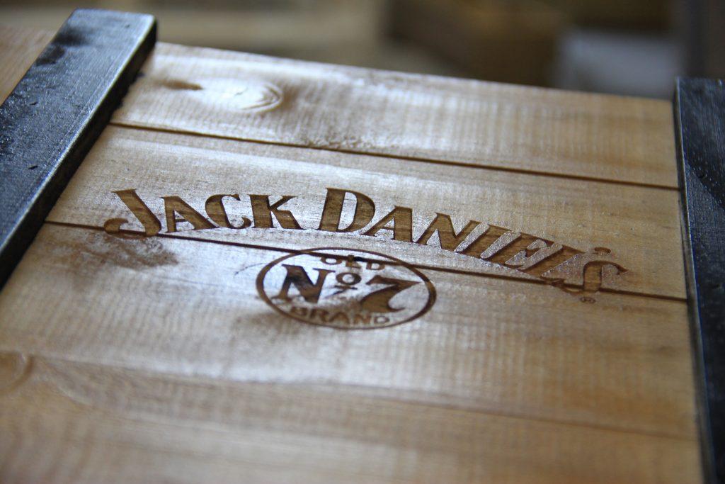 Caixa Jack Daniel's