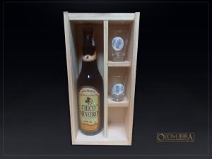 Caixa de madeira com tampa deslizante, Fabricada em madeira Pinus, Modelo com divisorias internas para 01 garrafa e copos . Acabamento natural