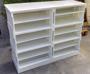 Estante com Caixotes - Modelo com caixotes Brancos e prateleiras - Medidas 1,20 x 1,10 x 0,40m - Ref. Sapateira