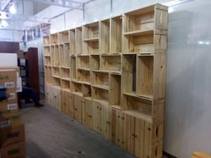 Estante de caixotes modulares com portas. Caixote modelo P26 0,60x0,30x0,26
