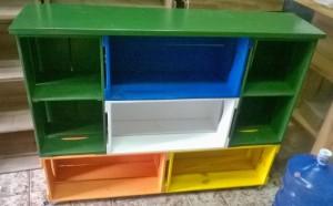 Movel de caixotes - acabamento colorido