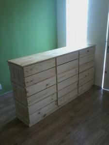 balcao de caixotes modelo basico - modelo com 9 caixotes, medidas 1,80 x 1,00 - acabamento natural