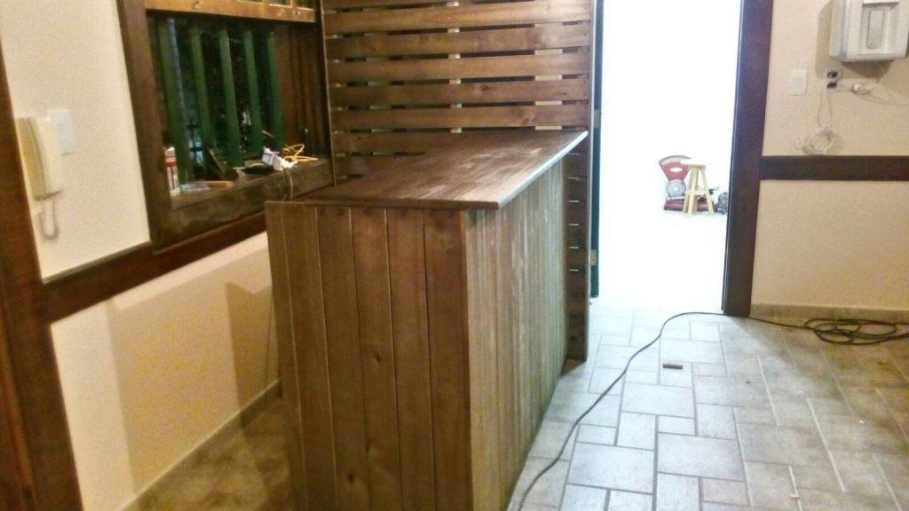 balcao para loja com painel ripado - loja de organicos sao caetano (4)