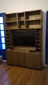 estante home theather para tv - modelo com caixotes, nichos e portas - medidas 1,50 x 1,80m