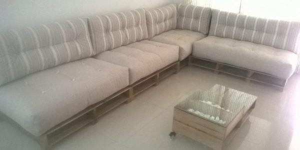 Sofa de pallets em L (2)